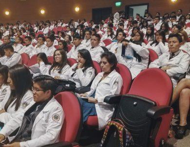 Medicina de la Unach se prepara para el proceso de acreditación