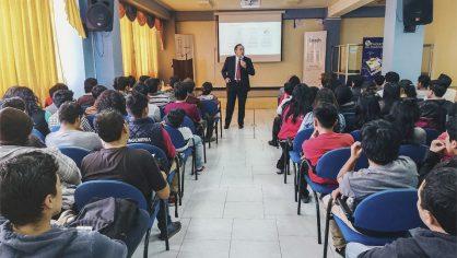 Ingeniería realizó conferencias sobre tendencias tecnológicas en la Unach