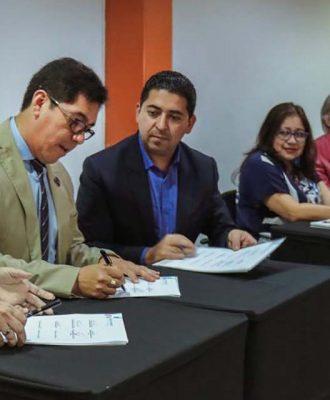 La Unach trabajará en red para responder a las necesidades del país