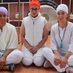 Unach celebró el Día Internacional del Yoga