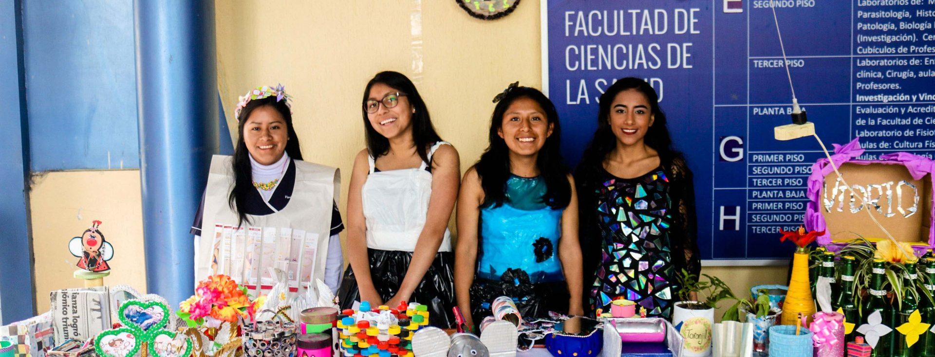 """Estudiantes de la Unach participaron en el """"Concurso Recicla y Crea 3R"""""""