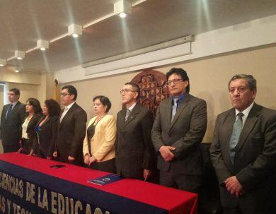 Unach posesiona a nuevas autoridades de la facultad de Educación