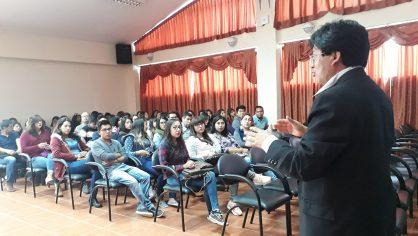 Medicina de la Unach socializará hasta el 2021 el Sistema de Seguimiento a Graduados
