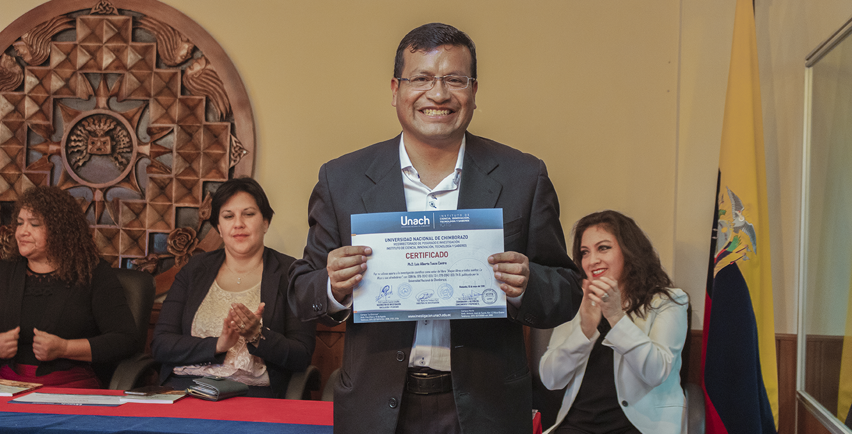 """La Unach promueve la interculturalidad con """"Anejos libres e indios sueltos"""""""