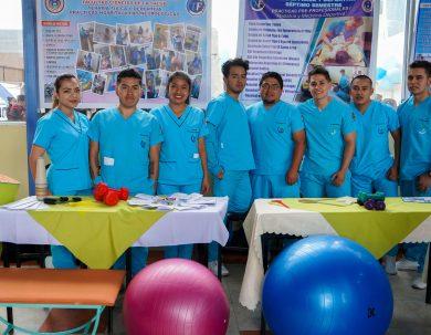 """Unach realizó """"Feria de Ciencias"""" de Terapia Física y Deportiva"""